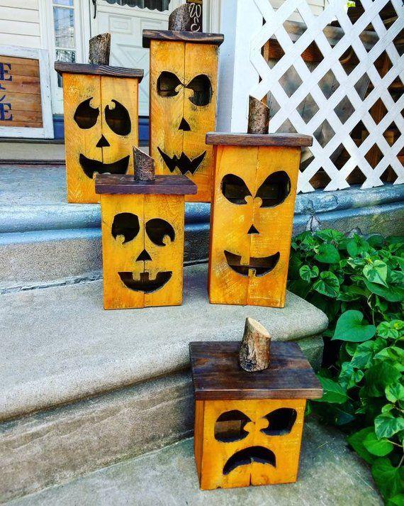 Bricolez votre « Jack à la lanterne » avec une palette en bois.