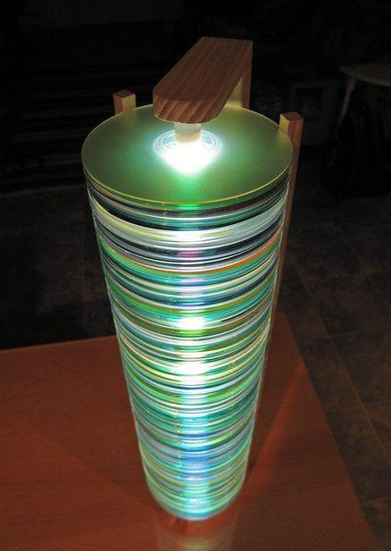 Réutiliser des vieux CD pour se bricoler une lampe